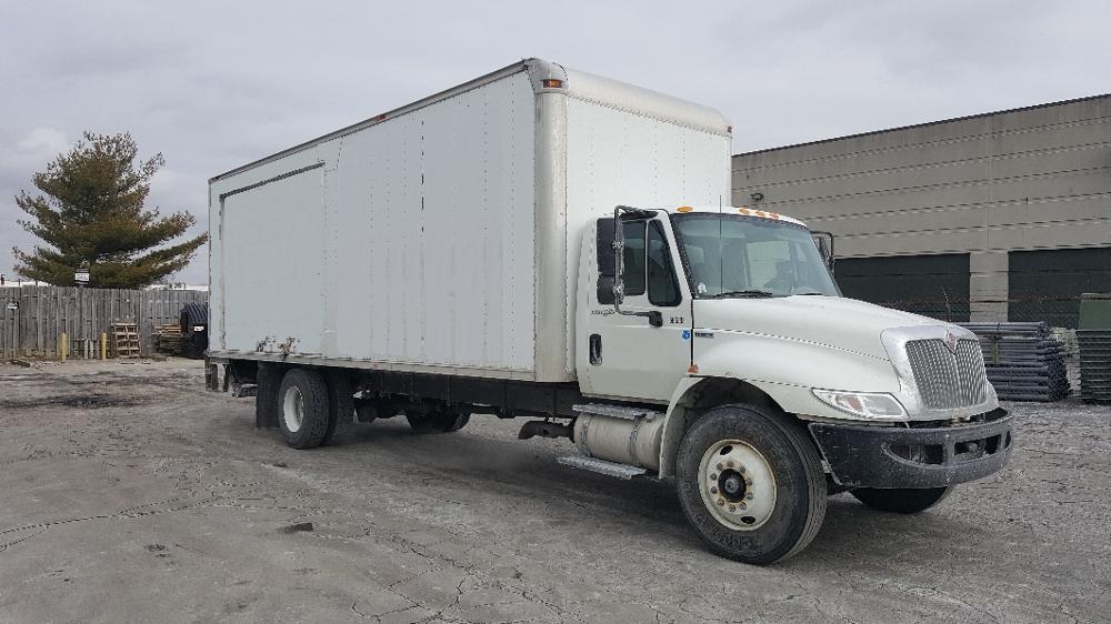 Medium Duty Box Truck-Light and Medium Duty Trucks-International-2009-4300-LEXINGTON-KY-245,266 miles-$18,000