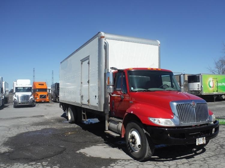 Medium Duty Box Truck-Light and Medium Duty Trucks-International-2009-4400-MISSISSAUGA-ON-317,340 km-$26,750