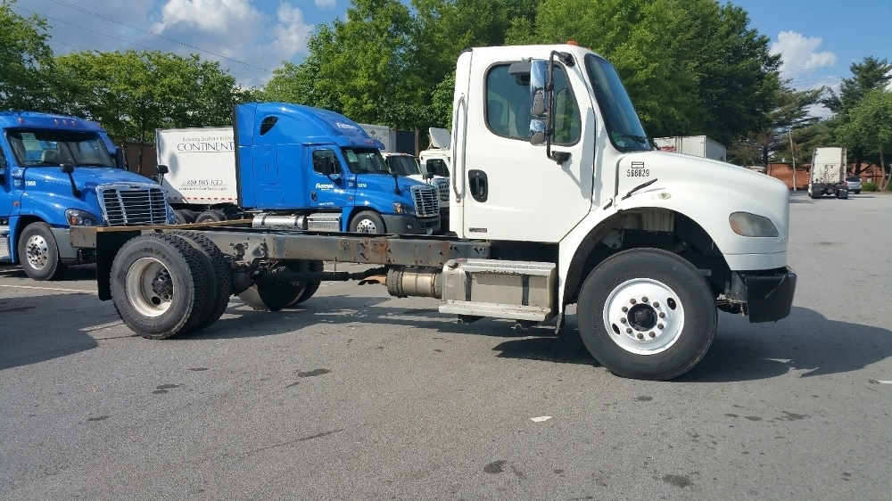 Cab and Chassis Truck-Heavy Duty Tractors-Freightliner-2009-M2-ATLANTA-GA-411,723 miles-$16,750