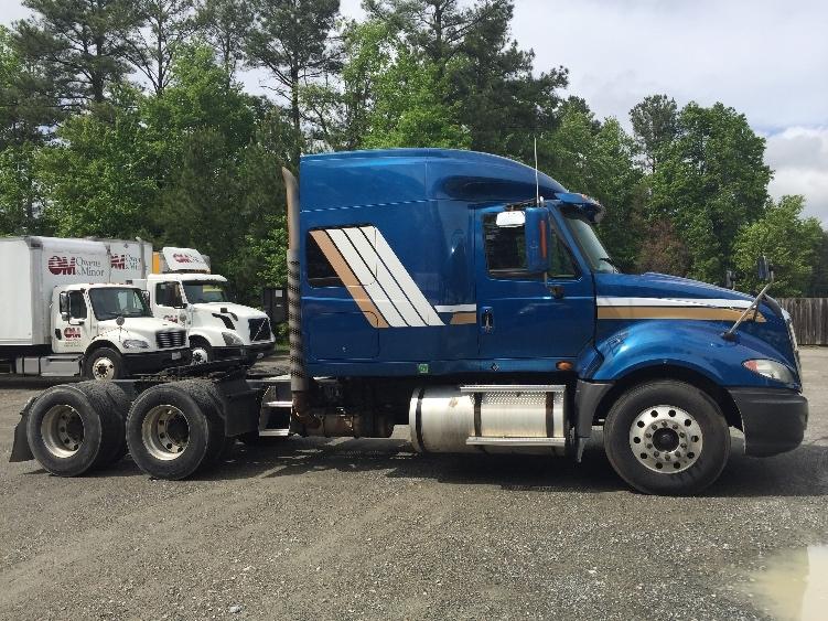 Sleeper Tractor-Heavy Duty Tractors-International-2009-ProStar-ASHLAND-VA-599,395 miles-$25,500