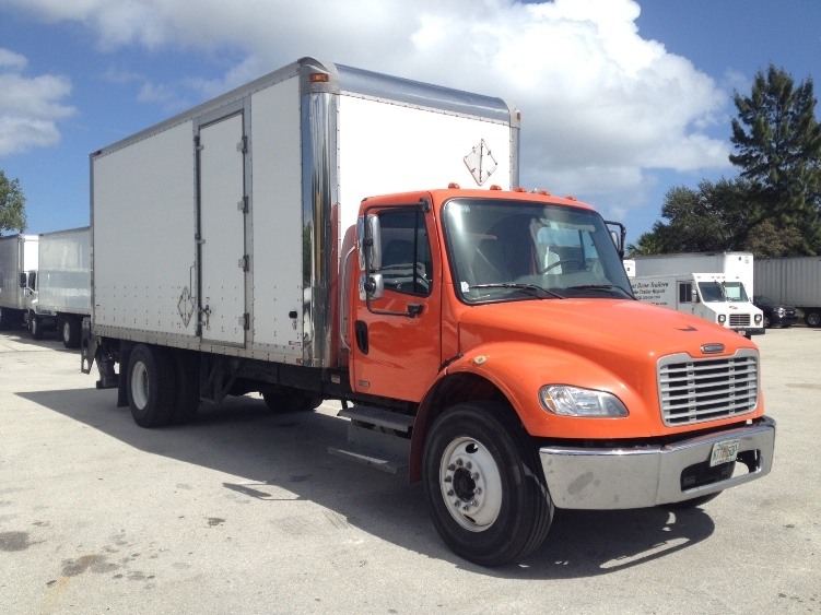 Medium Duty Box Truck-Heavy Duty Tractors-Freightliner-2009-M2-POMPANO BEACH-FL-198,927 miles-$18,000
