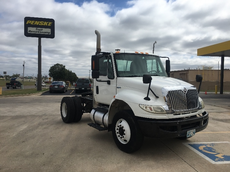 Day Cab Tractor-Heavy Duty Tractors-International-2010-4400-OKLAHOMA CITY-OK-229,142 miles-$23,500