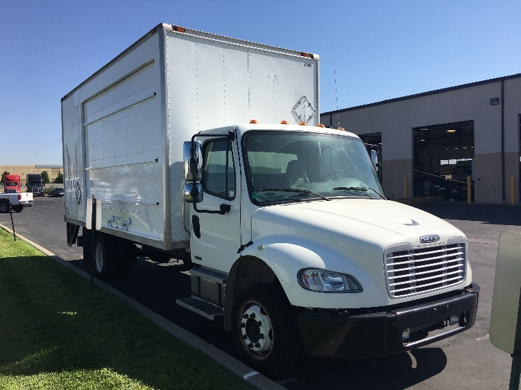 Medium Duty Box Truck-Heavy Duty Tractors-Freightliner-2010-M2-WEST VALLEY CITY-UT-227,163 miles-$18,500
