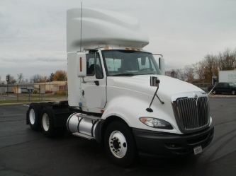 Day Cab Tractor-Heavy Duty Tractors-International-2010-ProStar-ROMEOVILLE-IL-499,100 miles-$31,922