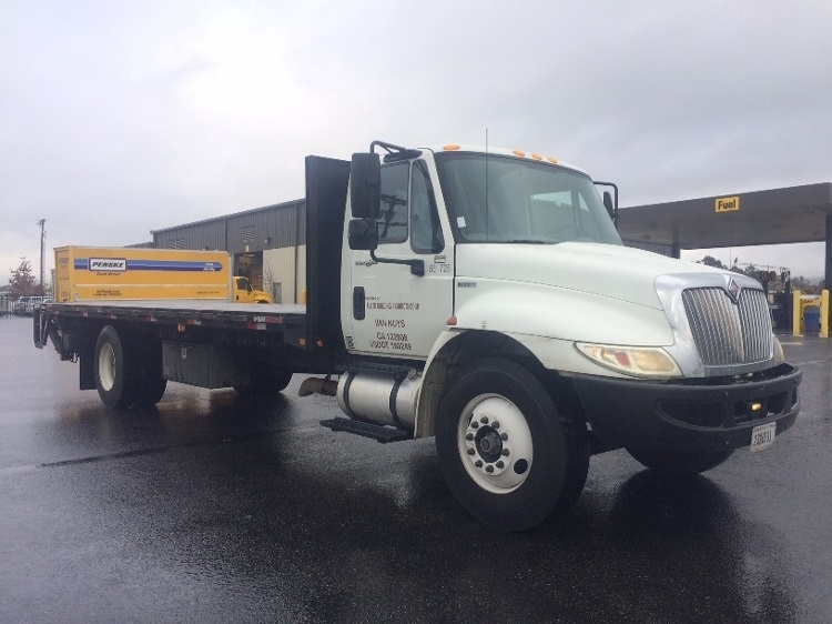 Flatbed Truck-Light and Medium Duty Trucks-International-2010-4300-SUN VALLEY-CA-254,446 miles-$26,750