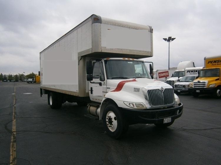 Medium Duty Box Truck-Light and Medium Duty Trucks-International-2009-4300-MISSISSAUGA-ON-331,274 km-$26,500