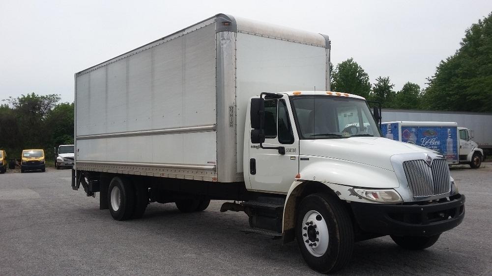 Medium Duty Box Truck-Light and Medium Duty Trucks-International-2010-4300-GREENSBORO-NC-235,140 miles-$20,500