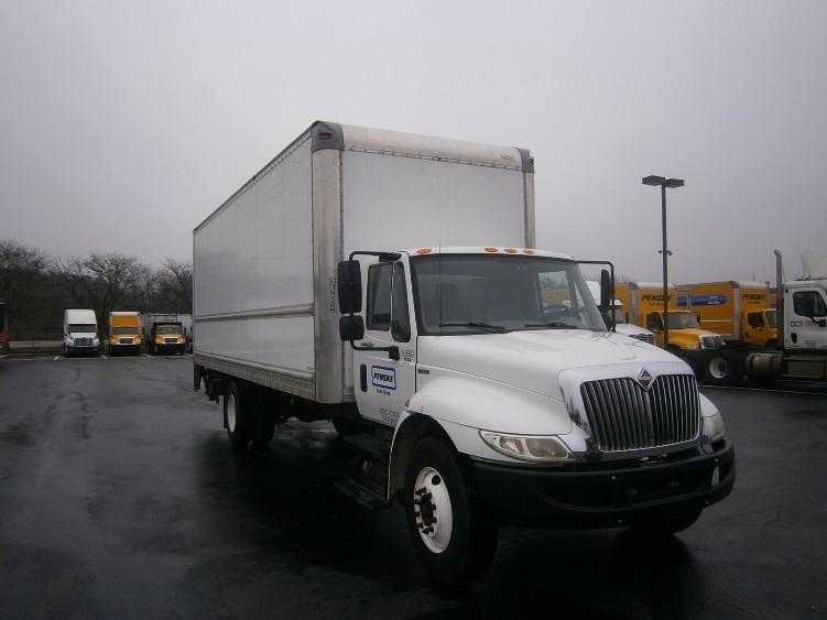 Medium Duty Box Truck-Light and Medium Duty Trucks-International-2010-4300-CARLISLE-PA-210,009 miles-$21,750