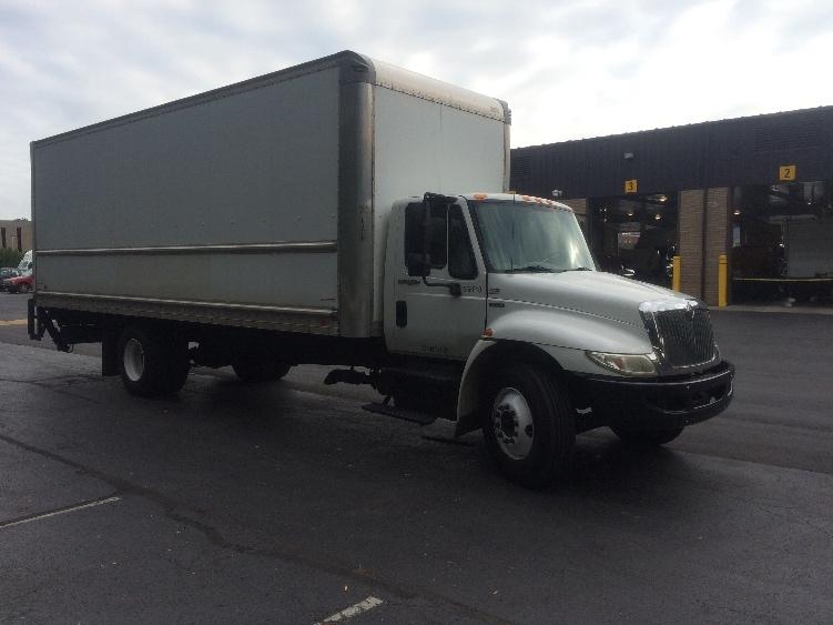 Medium Duty Box Truck-Light and Medium Duty Trucks-International-2010-4300-READING-PA-335,965 miles-$18,000
