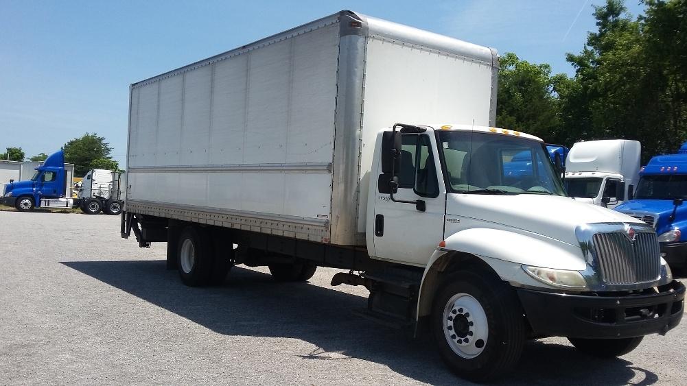 Medium Duty Box Truck-Light and Medium Duty Trucks-International-2010-4300-GREENSBORO-NC-235,929 miles-$24,750