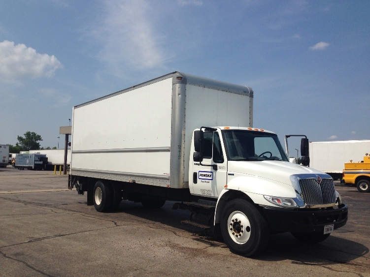 Medium Duty Box Truck-Light and Medium Duty Trucks-International-2010-4300-WEST CHICAGO-IL-161,799 miles-$7,500