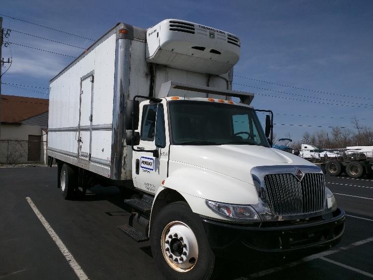 Reefer Truck-Light and Medium Duty Trucks-International-2010-4300-DAYTON-OH-195,031 miles-$35,000