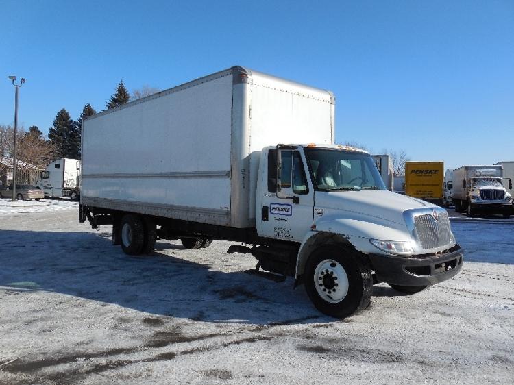Medium Duty Box Truck-Light and Medium Duty Trucks-International-2010-4300-ROSEVILLE-MN-281,000 miles-$21,250