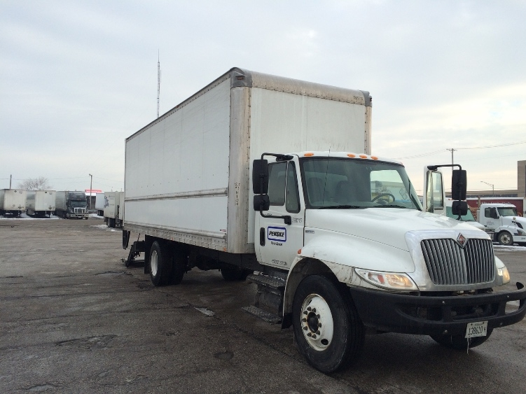 Medium Duty Box Truck-Light and Medium Duty Trucks-International-2010-4300-AKRON-OH-220,365 miles-$7,000