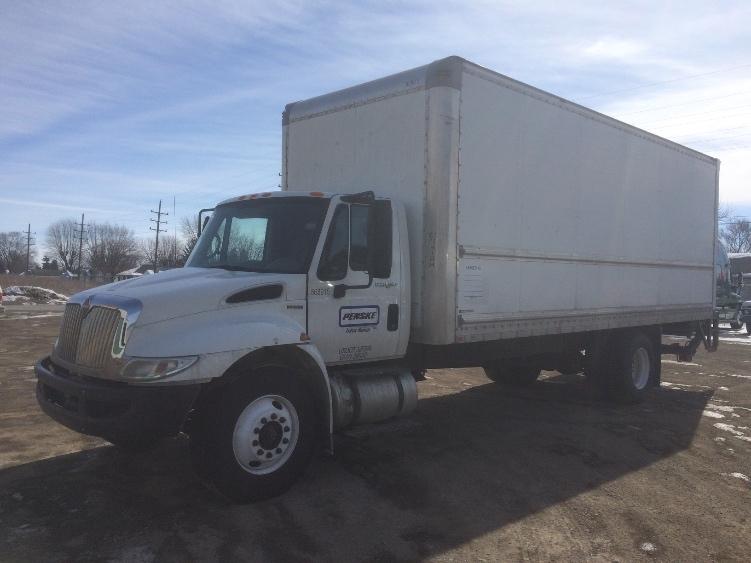 Medium Duty Box Truck-Specialized Equipment-International-2010-4300-GRAND RAPIDS-MI-189,454 miles-$8,250