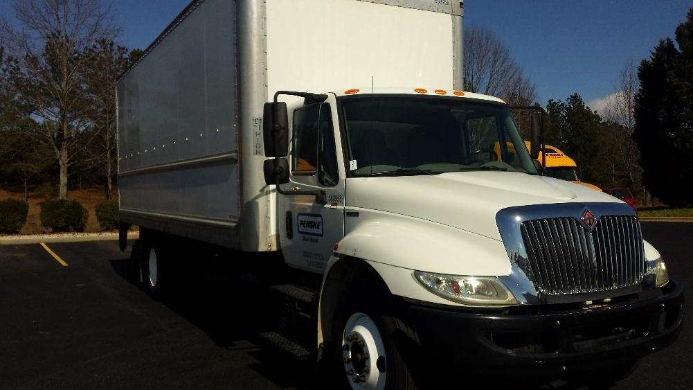 Medium Duty Box Truck-Light and Medium Duty Trucks-International-2010-4300-HARRISBURG-PA-227,340 miles-$24,000