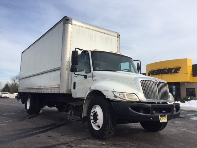 Medium Duty Box Truck-Light and Medium Duty Trucks-International-2010-4300-SWEDESBORO-NJ-184,578 miles-$22,500