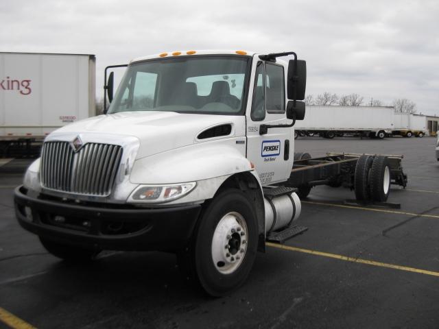 Medium Duty Box Truck-Light and Medium Duty Trucks-International-2010-4300-SOUTH BEND-IN-204,941 miles-$25,000