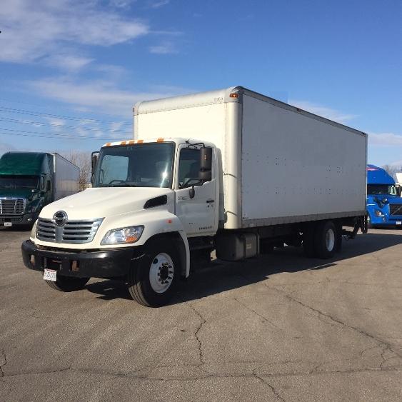Medium Duty Box Truck-Light and Medium Duty Trucks-Hino-2010-268-BROOK PARK-OH-343,650 miles-$20,250