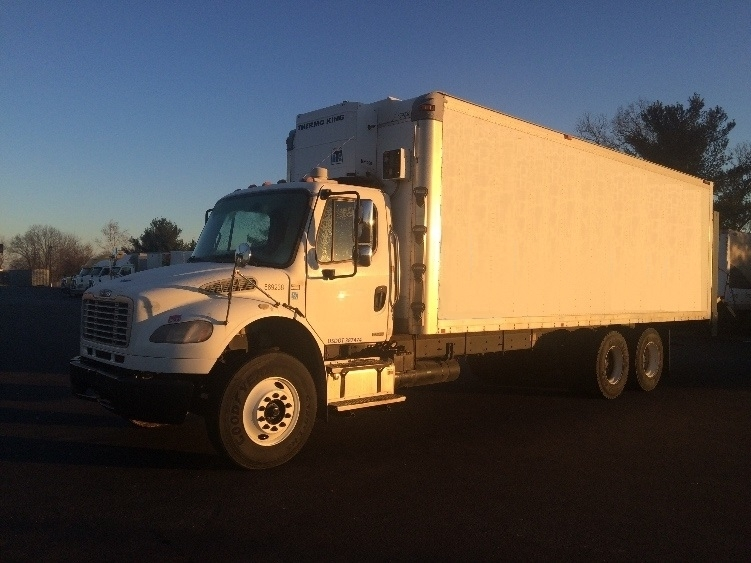 Medium Duty Box Truck-Light and Medium Duty Trucks-Freightliner-2010-M2-LEXINGTON-KY-338,245 miles-$28,750