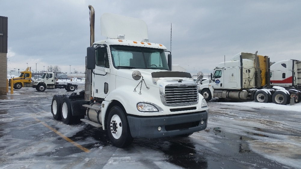 Day Cab Tractor-Heavy Duty Tractors-Freightliner-2009-Columbia CL12064ST-STE-FOY-PQ-765,368 km-$24,250
