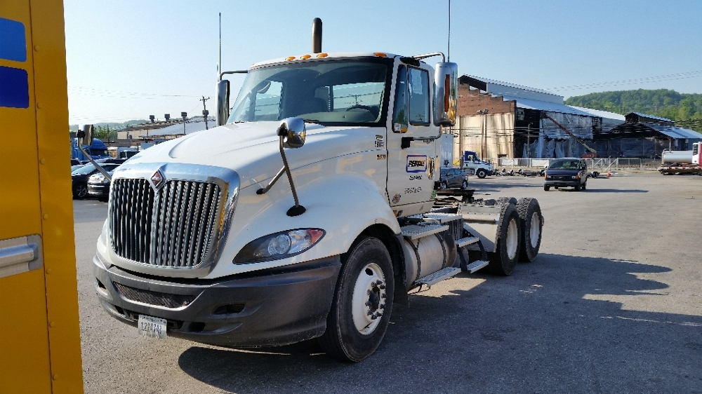 Day Cab Tractor-Heavy Duty Tractors-International-2010-ProStar-PITTSBURGH-PA-370,787 miles-$25,500