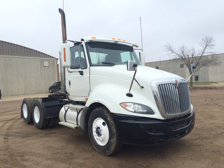 Day Cab Tractor-Heavy Duty Tractors-International-2010-ProStar-SIOUX FALLS-SD-305,285 miles-$27,000