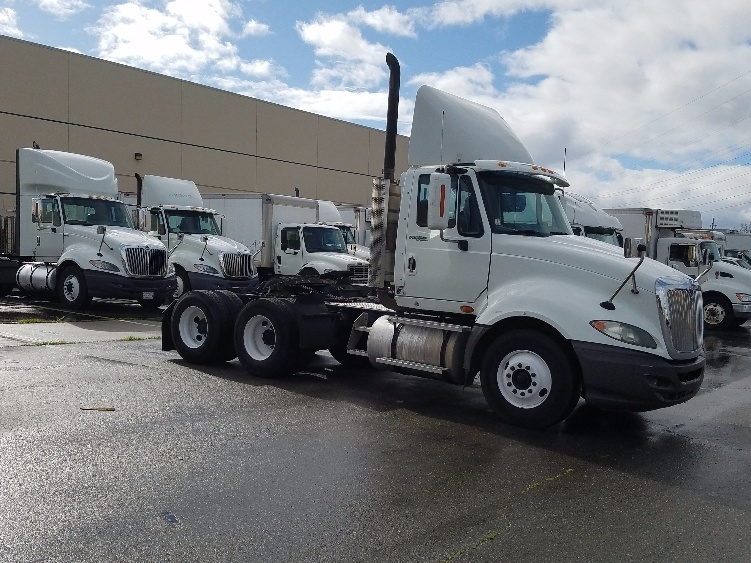 Day Cab Tractor-Heavy Duty Tractors-International-2010-ProStar-SAN LEANDRO-CA-199,344 miles-$31,500
