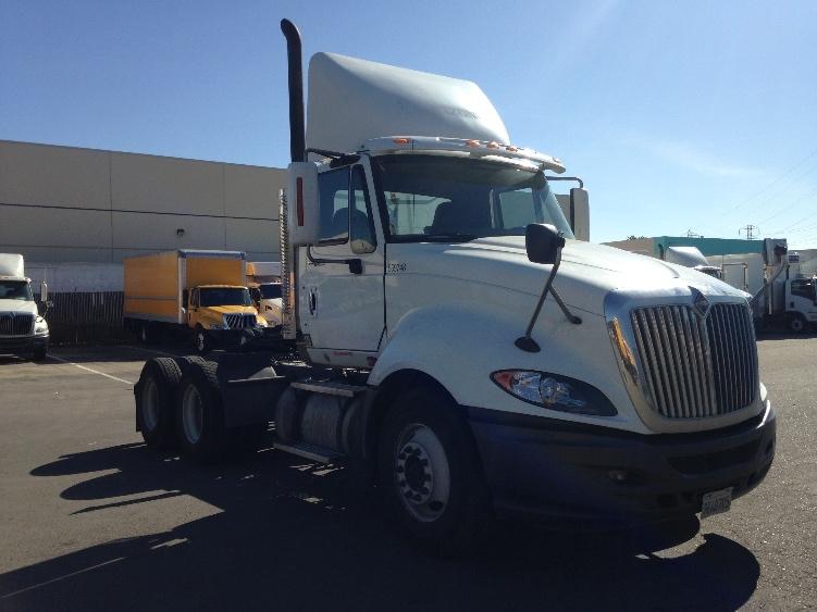 Day Cab Tractor-Heavy Duty Tractors-International-2010-ProStar-SAN LEANDRO-CA-195,552 miles-$47,250