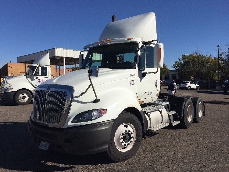 Day Cab Tractor-Heavy Duty Tractors-International-2010-ProStar-AURORA-CO-558,546 miles-$28,000