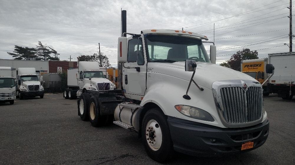 Day Cab Tractor-Heavy Duty Tractors-International-2010-ProStar-WEST BABYLON-NY-221,560 miles-$30,500