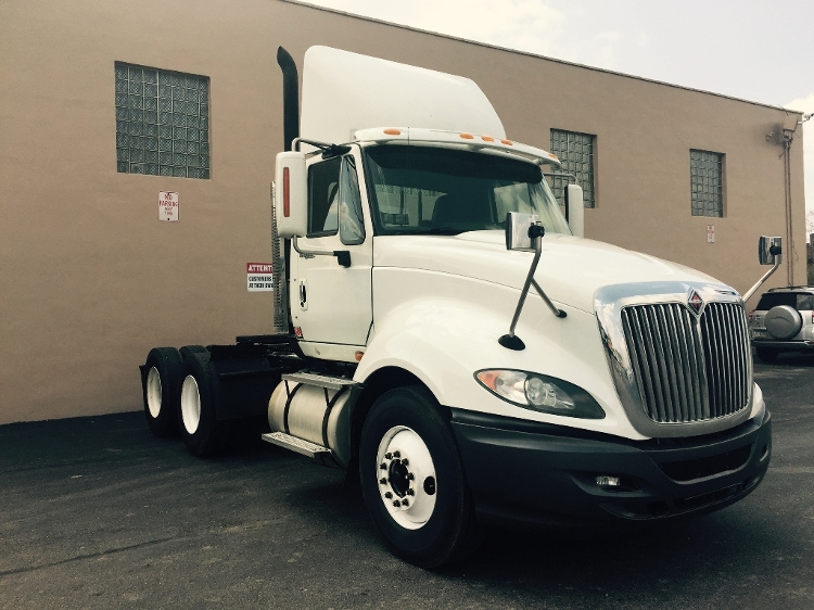 Day Cab Tractor-Heavy Duty Tractors-International-2010-ProStar-PHILADELPHIA-PA-373,882 miles-$22,500
