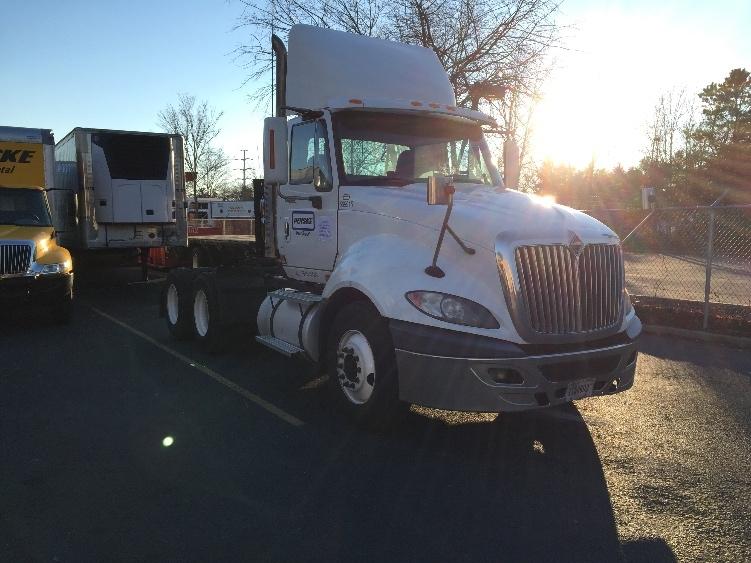 Day Cab Tractor-Heavy Duty Tractors-International-2010-ProStar-WEST BABYLON-NY-180,240 miles-$41,500
