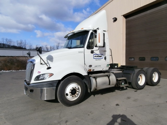 Day Cab Tractor-Heavy Duty Tractors-International-2010-ProStar-ELMSFORD-NY-413,424 miles-$21,000