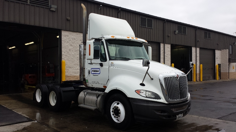 Day Cab Tractor-Heavy Duty Tractors-International-2010-ProStar-WARREN-MI-437,654 miles-$21,250