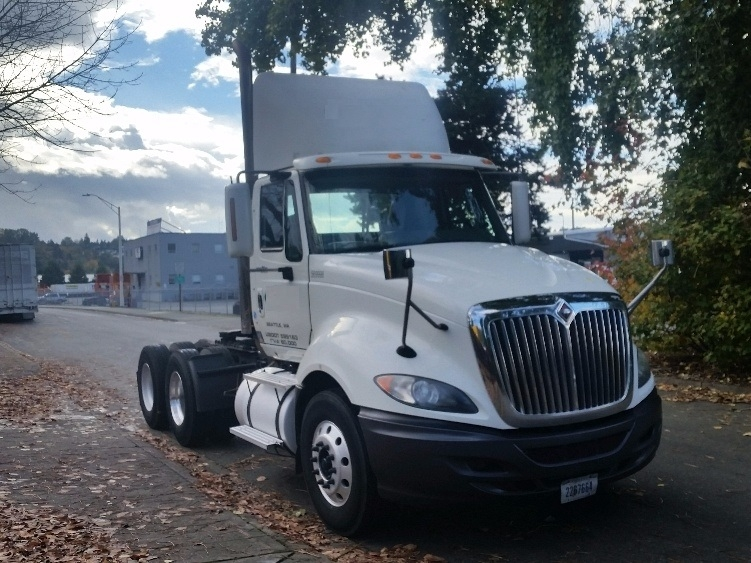 Day Cab Tractor-Heavy Duty Tractors-International-2010-ProStar-TUKWILA-WA-452,217 miles-$27,750