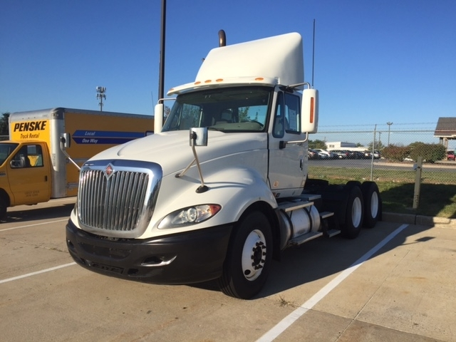 Day Cab Tractor-Heavy Duty Tractors-International-2010-ProStar-BETHLEHEM-PA-413,733 miles-$25,500