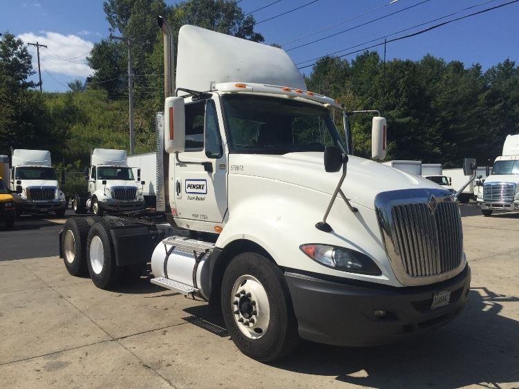 Day Cab Tractor-Heavy Duty Tractors-International-2010-ProStar-FRAMINGHAM-MA-445,513 miles-$26,750