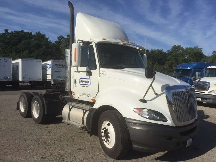 Day Cab Tractor-Heavy Duty Tractors-International-2010-ProStar-ROCKFORD-IL-328,898 miles-$28,000