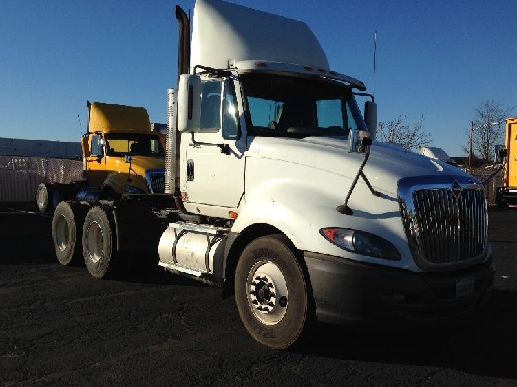 Day Cab Tractor-Heavy Duty Tractors-International-2010-ProStar-LINDEN-NJ-303,195 miles-$29,000