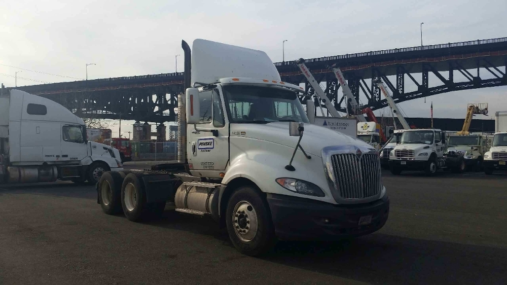Day Cab Tractor-Heavy Duty Tractors-International-2010-ProStar-LINDEN-NJ-274,932 miles-$29,500