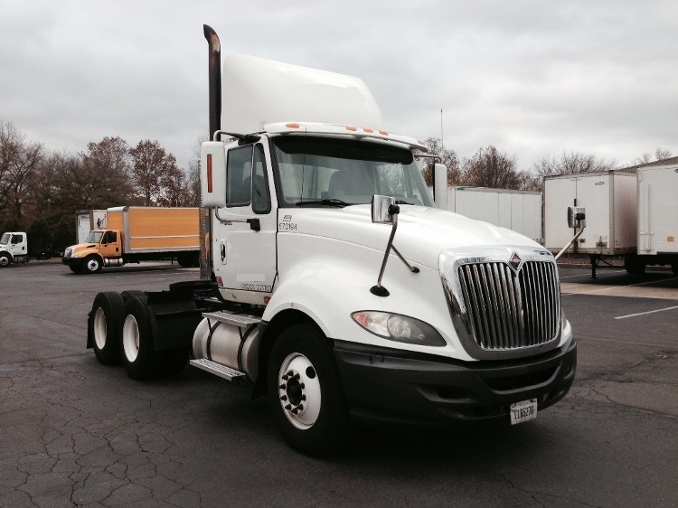 Day Cab Tractor-Heavy Duty Tractors-International-2010-ProStar-READING-PA-1,117,923 miles-$22,000