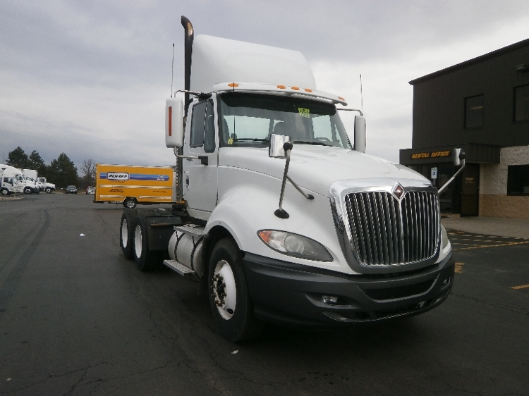 Day Cab Tractor-Heavy Duty Tractors-International-2010-ProStar-ROCHESTER-NY-323,960 miles-$23,500