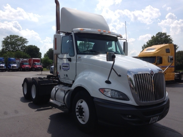 Day Cab Tractor-Heavy Duty Tractors-International-2010-ProStar-NEW CASTLE-DE-375,126 miles-$23,750