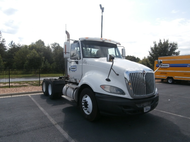 Day Cab Tractor-Heavy Duty Tractors-International-2010-ProStar-FRAMINGHAM-MA-363,963 miles-$21,250