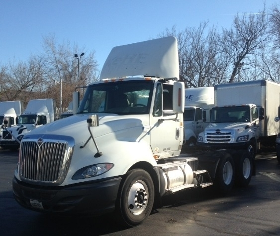 Day Cab Tractor-Heavy Duty Tractors-International-2010-ProStar-ALLENTOWN-PA-390,227 miles-$24,500