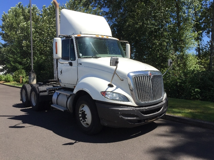 Day Cab Tractor-Heavy Duty Tractors-International-2010-ProStar-CLACKAMAS-OR-377,922 miles-$28,000