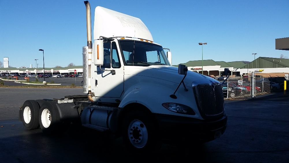 Day Cab Tractor-Heavy Duty Tractors-International-2010-ProStar-ALLENTOWN-PA-418,924 miles-$26,000