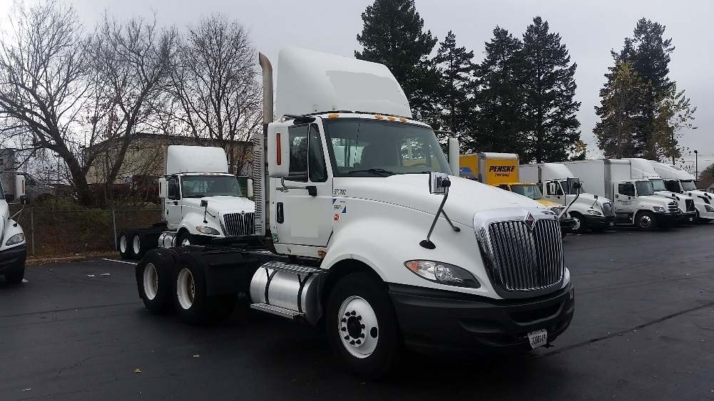 Day Cab Tractor-Heavy Duty Tractors-International-2010-ProStar-ALLENTOWN-PA-486,508 miles-$24,750