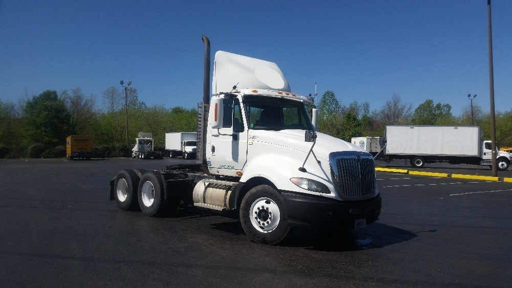 Day Cab Tractor-Heavy Duty Tractors-International-2010-ProStar-CHARLOTTE-NC-571,858 miles-$29,500